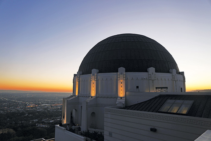 griffith observatory in LA at sunrise